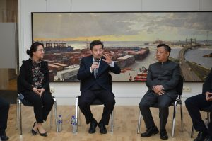 """Pudong Today"" art symposium"